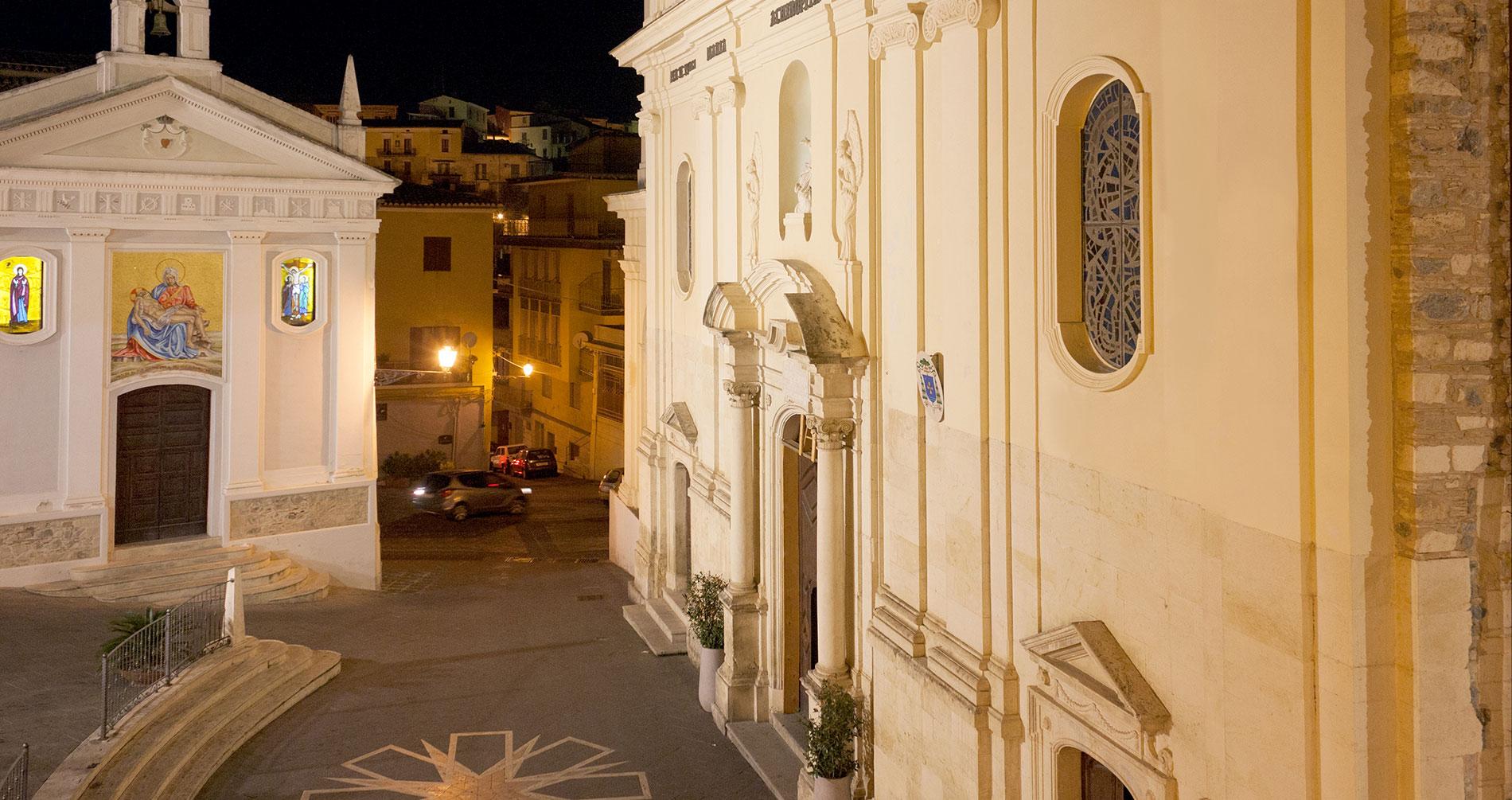 Piazza Duomo vista da una stanza del Domus Pupurea